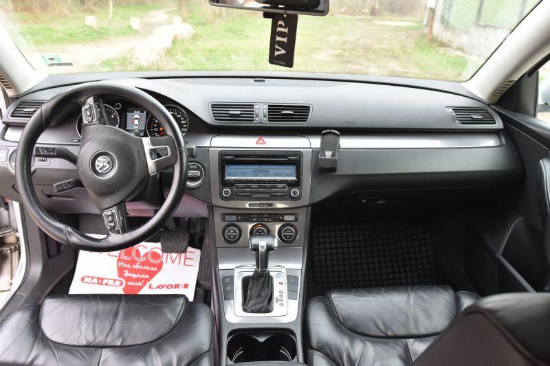 VW Passat - image 8