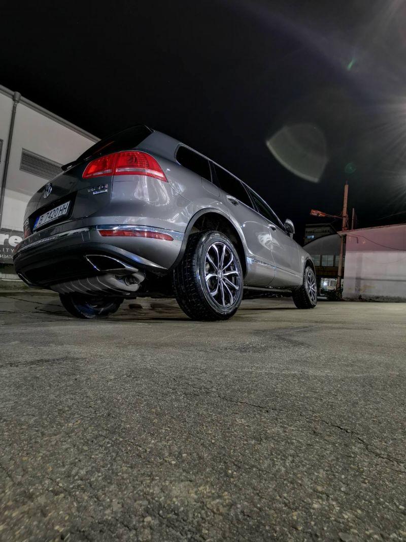 VW Touareg - image 4