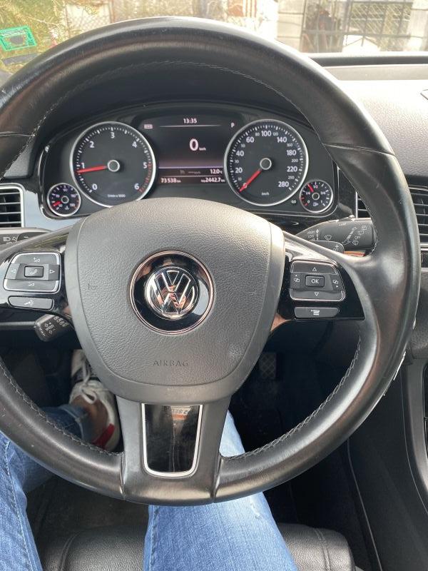 VW Touareg - image 6