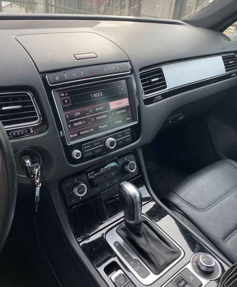 VW Touareg - image 7