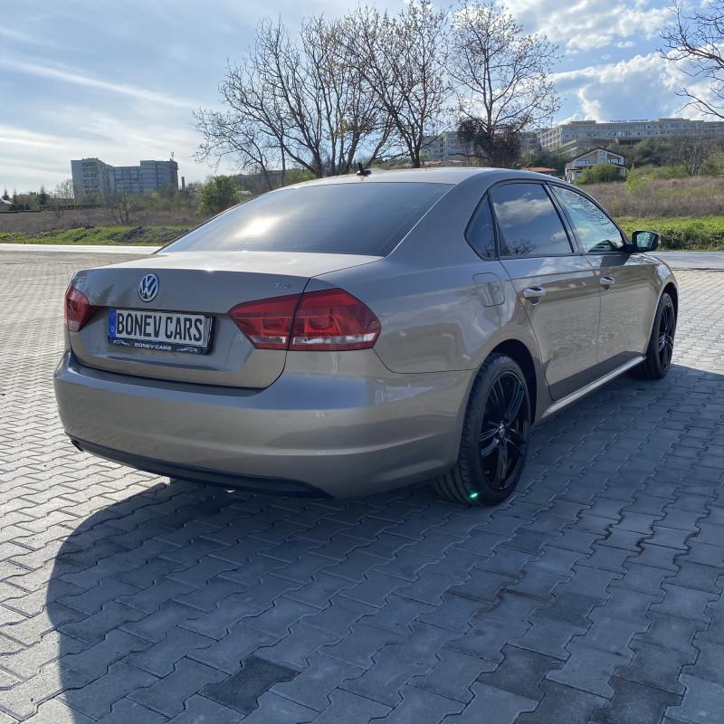 VW Passat - image 5