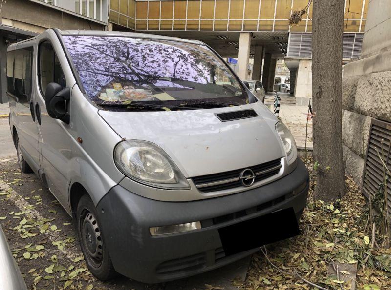 1- Opel Vivaro