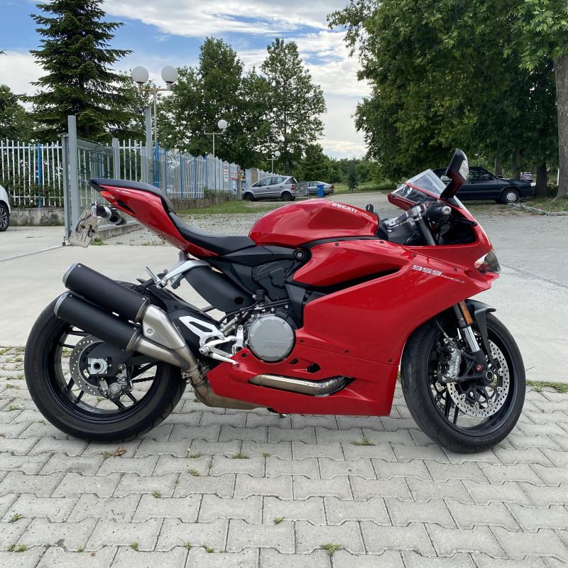2- Ducati PANIGALE 959