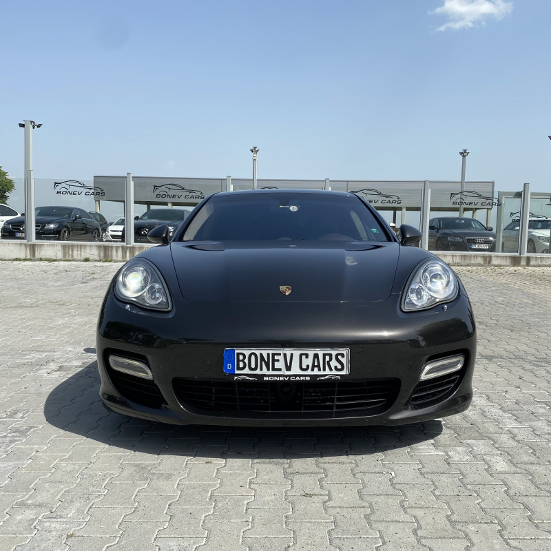 Porsche Panamera - image 2