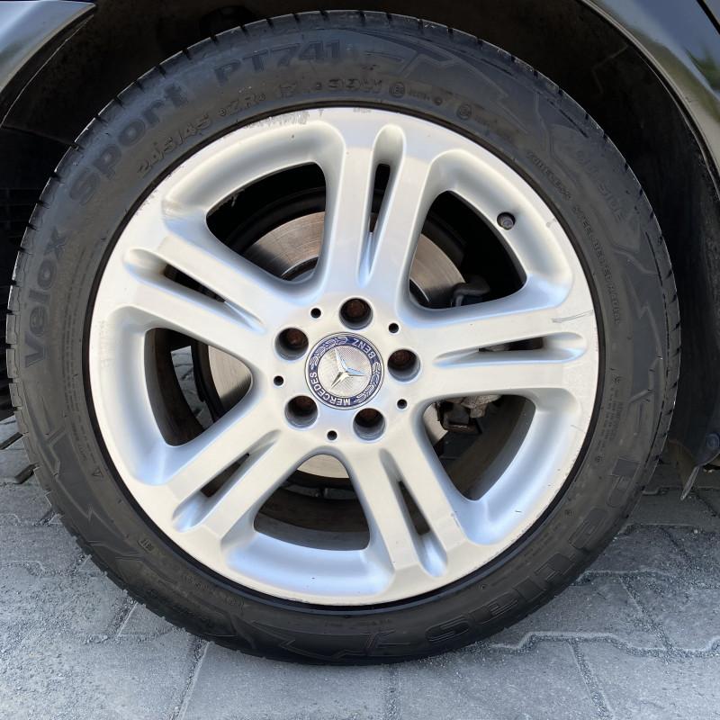 Mercedes-Benz Е 300 - image 9