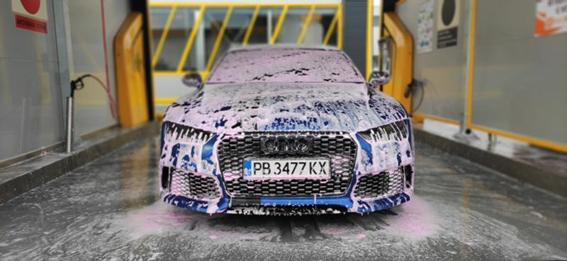 Audi RS7 - image 2