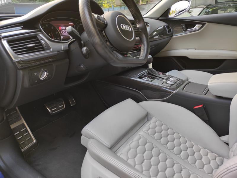 Audi RS7 - image 12