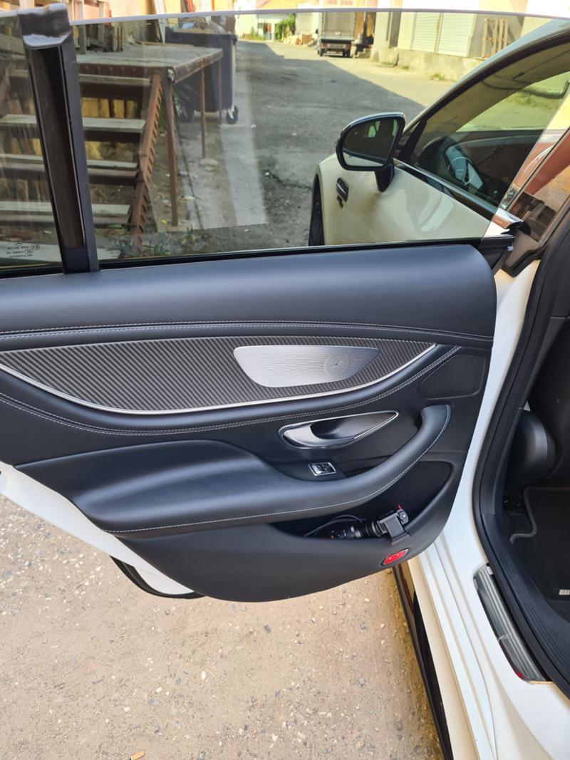 Mercedes-Benz GT - image 12