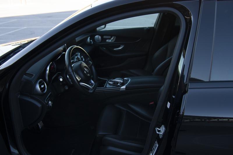 Mercedes-Benz C 400 - image 8