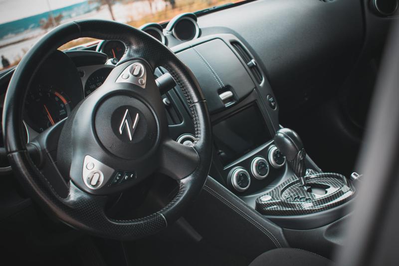 Nissan 370 Z - image 11